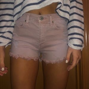 LIGHT PINK JEAN SHORTS